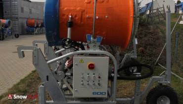 Armatka 600 eco  z oscylacją,  na podwoziu kołowym